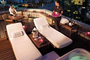 The Peninsula Bangkok 1