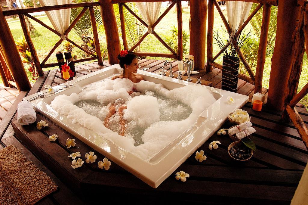 Bluebay Beach Resort & Spa Chilli Travel (2)