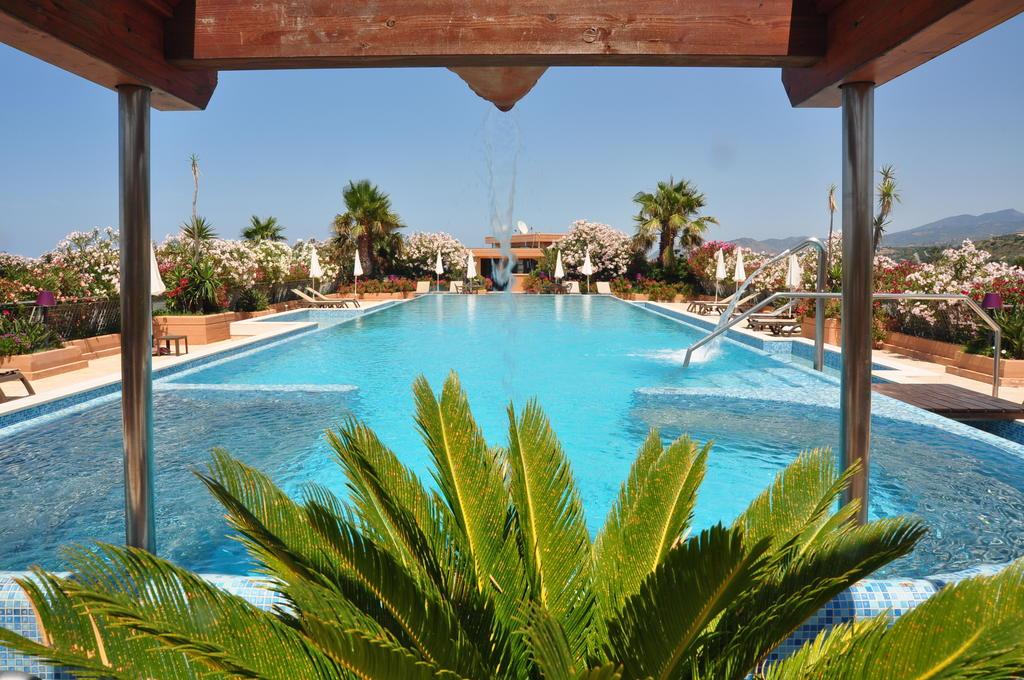 Acacia Resort 5