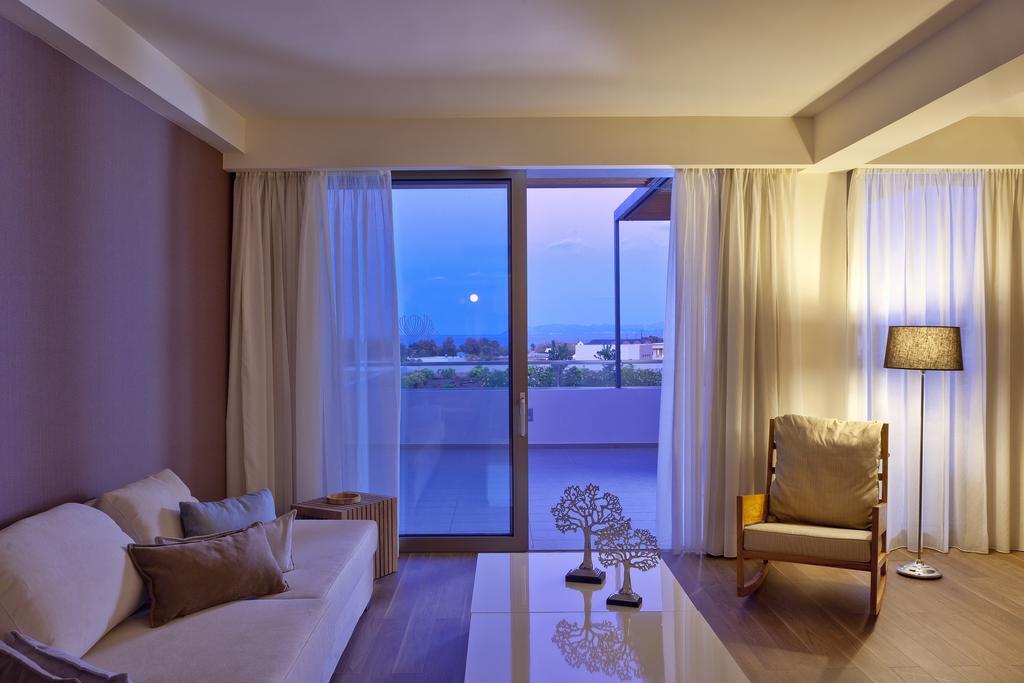 Avra Imperial Beach Resort & Spa 2