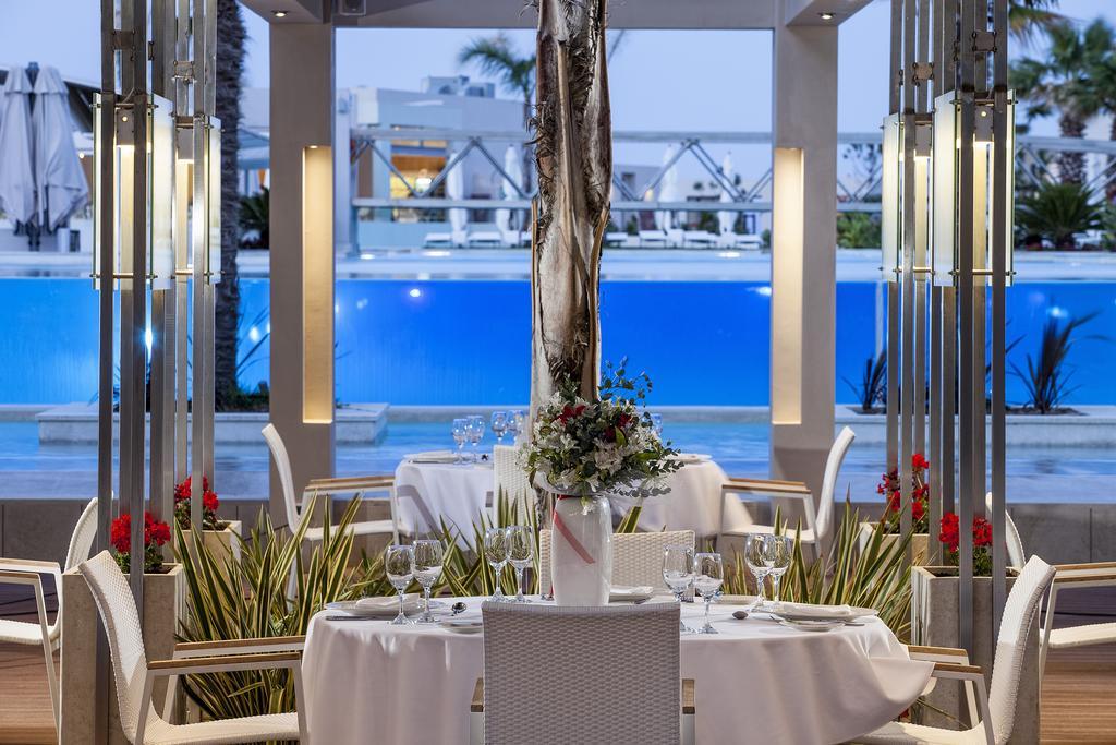 Avra Imperial Beach Resort & Spa 3