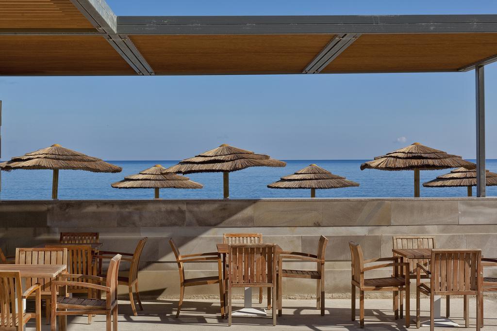 Avra Imperial Beach Resort & Spa 4