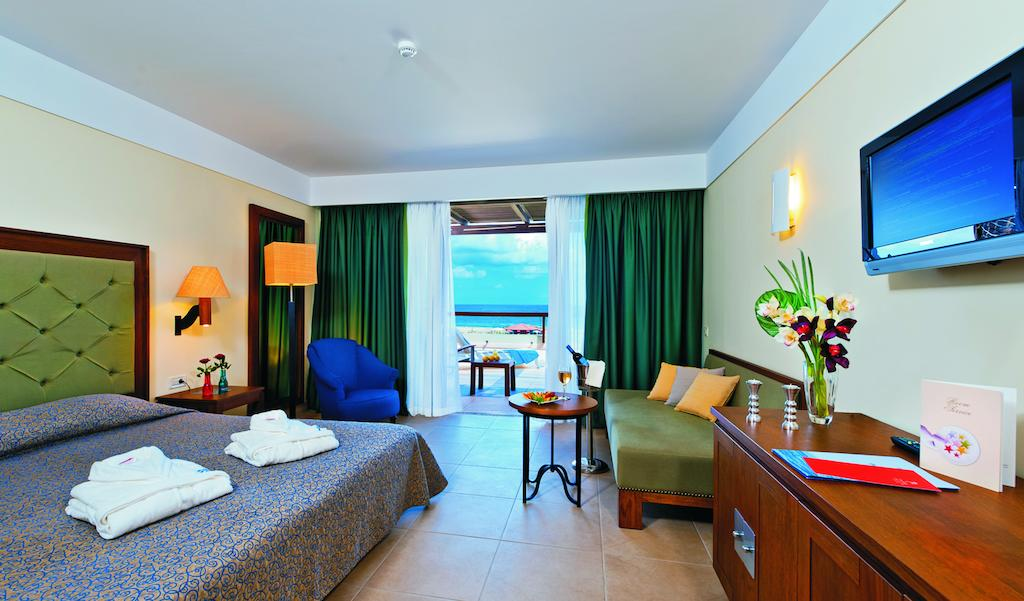 Hotel Cavo Spada Luxury Resort 9