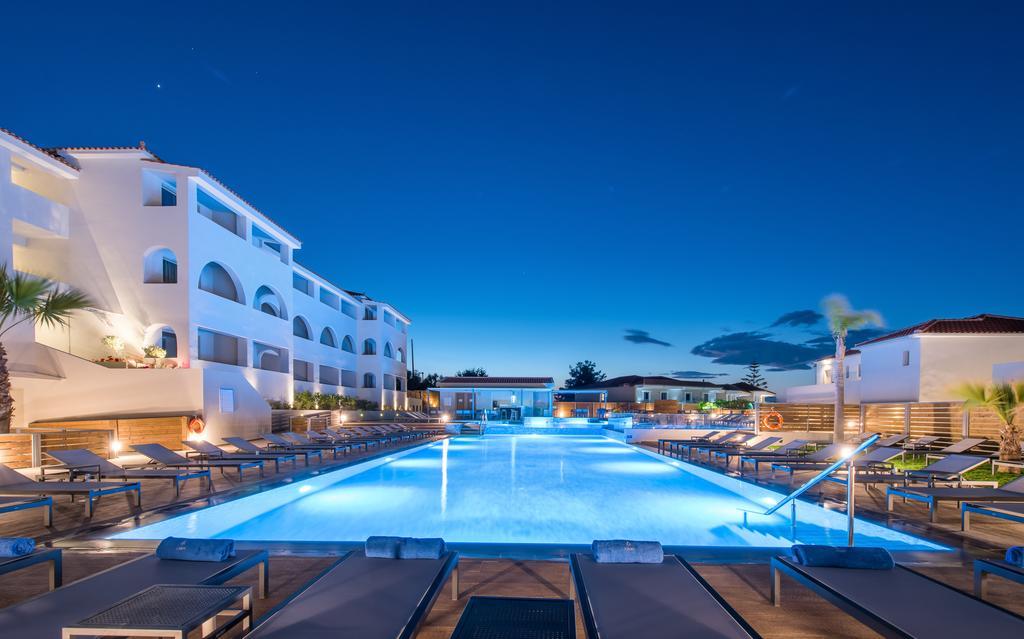 Azure Resort&Spa (12)