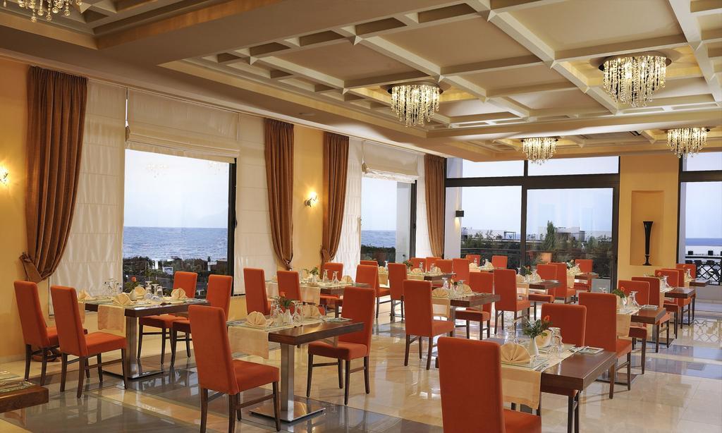 Grand Holiday Resort (3)