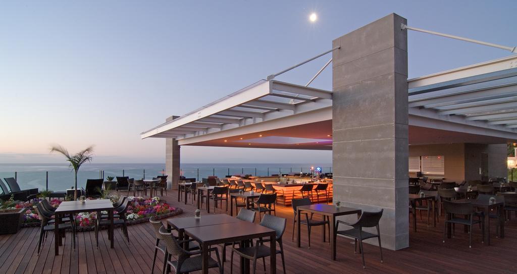 Pestana Carlton Madeira Ocean Resort (1)