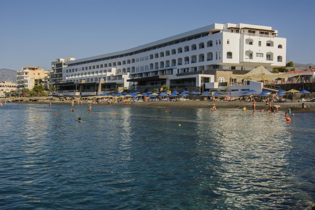 Petra Mare (2)
