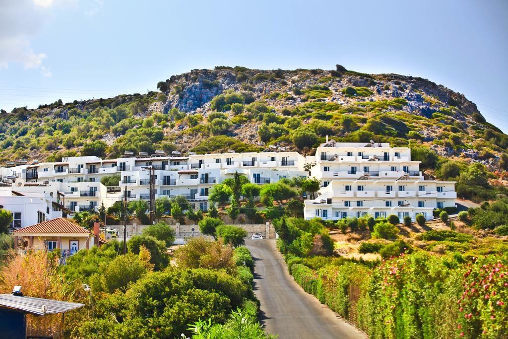 Semiramis Village (7)